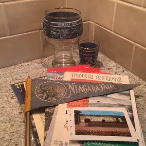 Vintage Three piece Niagara Falls souvenir set and